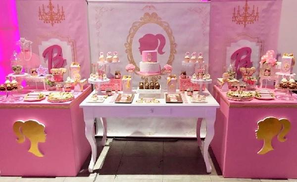 Ideias para bolo da Barbie