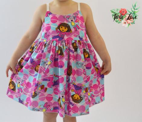 Vestidos infantis de personagens - Dora A Aventureira